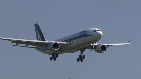 アリタリア-イタリア航空 EI-EJH
