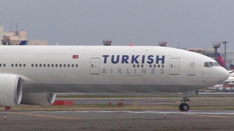 トルコ航空 TC-JJA