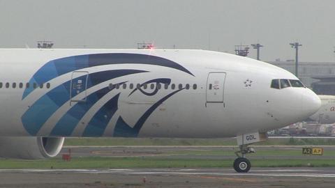 SU-GDL@成田国際空港 右舷・機首部分アップ