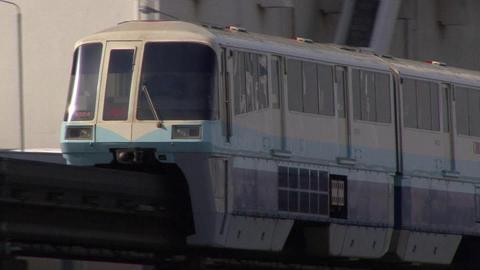 東京モノレール1000形・第4編成 (勝島橋より撮影)
